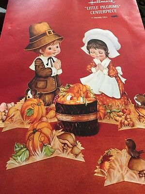 Hallmark Little Pilgrims Thanksgiving Honeycomb Centerpiece Vintage Pilgrims
