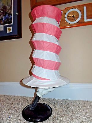 Dr Seuss Cat in the Hat Vintage Lamp Hand Holding Hat Paper Shade EUC