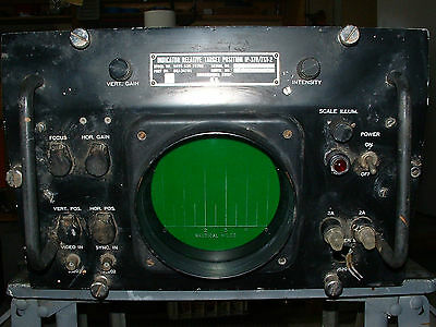 US NAVY  IP-370/FST-2 RADAR  RELATIVE POSITION INDICATOR SCOPE  WW-II/Korean era