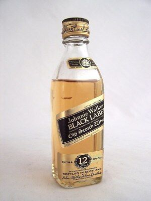 Miniature circa 1977 JOHNNIE WALKER 12yo BLACK LABEL Scotch Whis Isle of Wine
