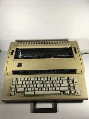 IBM Actionwriter 1 Electronic Typewriter - Model 6715-001 - Vintage (tested)