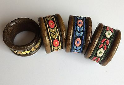 Set of 4 vintage napkin rings - wood & embroidery