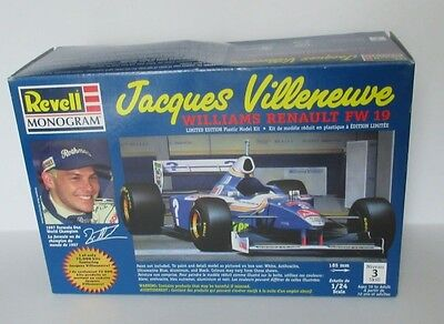 New Revell Jacques Villeneuve Williams Renault FW 19 1/24th Scale Limited Ed.