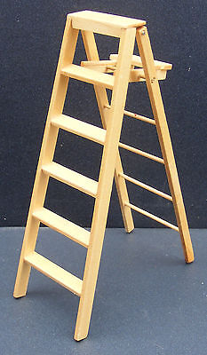 1:12 Scale Natural Finish Large Step Ladder Dolls House Miniature Accessory