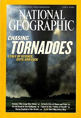 NATIONAL GEOGRAPHIC - 2004 April - Chasing Tornadoes