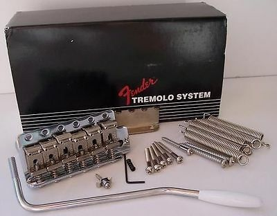 NEW Bridge FENDER STRATOCASTER american chrome 0992049000 pour guitare Fender...
