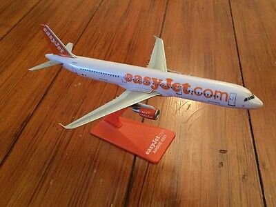 easyJet Airbus A321-200 Aircraft Model 1:200 Scale Premier Planes VERY RARE