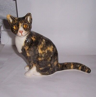 Winstanley Cat Kitten Size 2 Torty and White Sitting wth tail