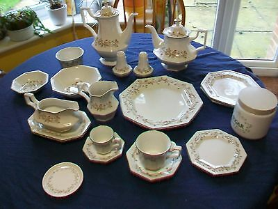 Johnson brothers Eternal Beau-various including set of saucers & side plates