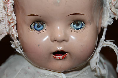 Vintage COMPOSITION DOLL SWEET OLD ANTIQUE DOLL  1930S 40S BABY DOLL