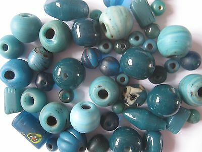Loose beads. Teal coloured vintage beads