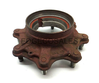 "New Holland ""30 Series"" Tractor Wheel Hub - 83983311"