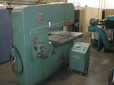 """DoAll 60-3 Vertical Band Saw 60"""" With Video"""