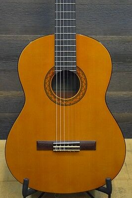 Yamaha C Series C40 Full-Size Nylon String Classical Guitar