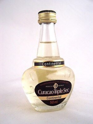 Miniature circa 1979 CONTINENTAL CURACAO TRIPLE SEC Isle of Wine