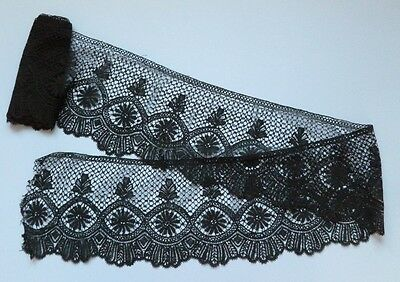 "A 157"" (4.00 Metre) Flounce Of Unused Victorian Le Puy Hand Made Lace - 8 5/8"""