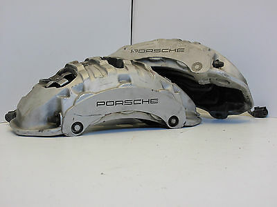 Porsche Cayenne GTS Brembo Silver 6-pot front calipers