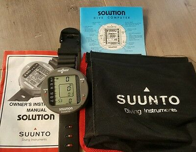 Suunto Solution Scuba Computer wrist or Console with case and manuals Nice!