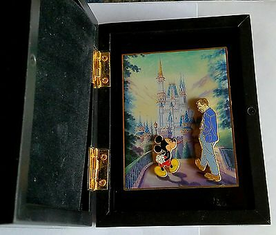 2005 Disney Happiest Celebration Walt w/ Micky @ Cinderella Castle Pin Set /1000