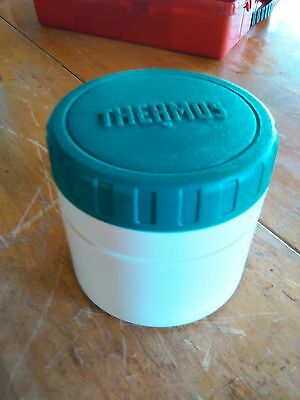 Vintage THERMOS 6 oz INSULATED JAR Model 1155 GREEN Plastic Lunchbox