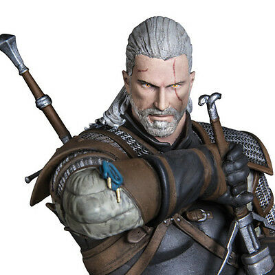 DARK HORSE The Witcher 3: Geralt Figure Statue NEW - FACTORY SEALED