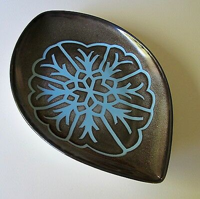 Poole Pottery Aegean 'Shield' Dish Shape 91 in Grey & Blue Geo Design c.1960s