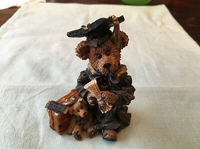 "BOYDS BEARS & FRIENDS Bearstone Collection ""THe Graduate Carpe Diem 1997"