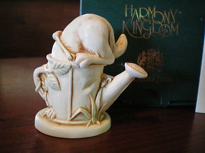 Harmony Kingdom Catch As Catch Can Cat UK Made Marble Resin Box Figurine