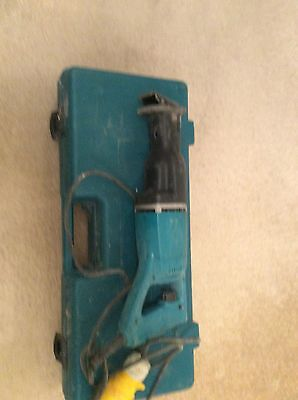 MAKITA RECIPRO RECIPROCATING SAW MODEL JR3000V Original CASE With Blade 110 volt