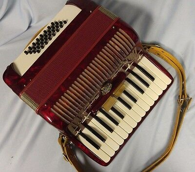 Settimio Soprani Accordion 25 keys 658-69 Red Finish Made in Italy