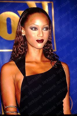 vintage celebrity 35mm Slide -  tyra banks   *hg18