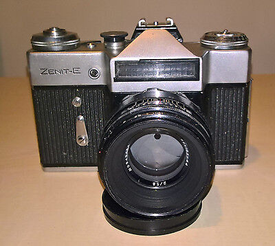 Zenit-E Vintage Camera Helios-44 lens 2/58mm with leather case  V.G.Condition.