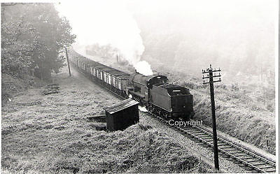 B&W photo LMS Fowler 7F 2-8-0 No.53807 at Coombe Down