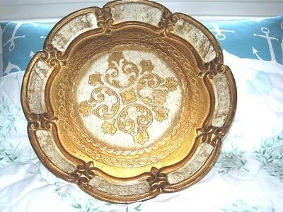 Pretty Embossed Sculpted Raised Rim Italian Florentine Cream Gold Wood Tole Tray