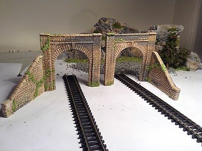 # N Gauge Stone Tunnel Entrances + Side Retaining Walls