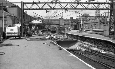 Photo  Guide Bridge Railway Station  Of The Woodhead Route Side Of The Station D