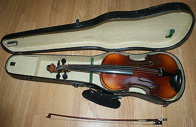 "ANTIQUE VIOLIN WITH CHIN REST WITH CASE AND BOW  ( LENGTH 23"" / 58.5cm )"