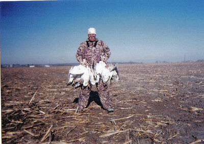 Iowa Spring Snow Goose Hunt-Fully Guided-Geese Here Now !