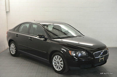 2005 Volvo S40 2.4i 2005 Volvo S40 Automatic Transmission Sunroof CD Player