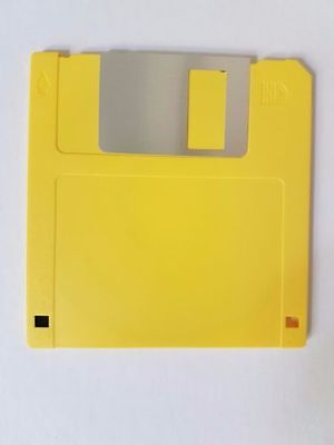 """MF2-HD Floppy Disk 3.5"""" 25 pack Verbatim Unbranded (Yellow Shell Only)"""