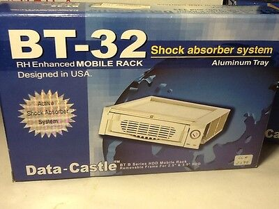 "BT-32 HDD IDE 2.5"", 3.5"" Hard Drive Mobile Rack for 5.25""Bay w/fan and keys NEW"