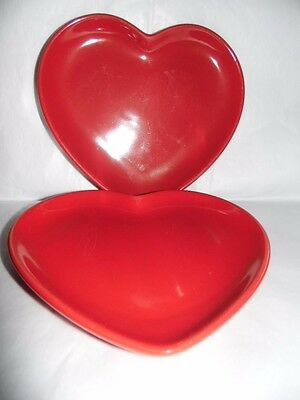 Promotional Advertising Ware 'Flora' Spread Red Love Heart Plates x 2