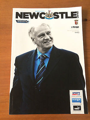 Newcastle v BRAGA pre season friendly prog 10.8.2013 EX Cond Bobby Robson