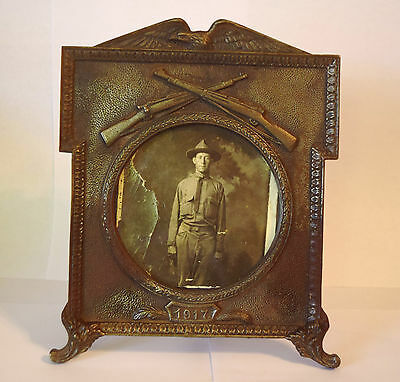 Vintage Wwi Us Army 1917 Cast Iron Picture Frame With Real Photo
