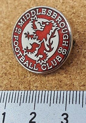 Middlesbrough Red Silver Crest football pin badge
