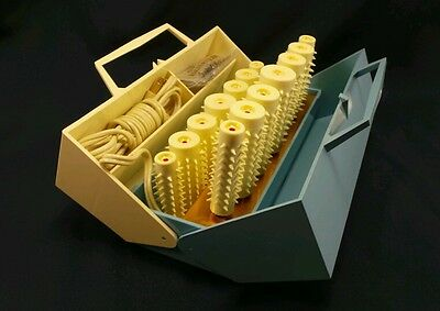 Clairol Kindness Instant Hairsetter Rollers Curlers Pageant 14 ct  Mo. #766 1967