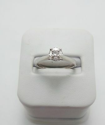 18Ct White Gold Diamond Ring Valued $1483 Comes With Valuation