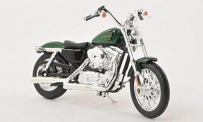 Maisto Model - 2012 1200V Seventy-Two Motorbike - 1:18 Scale - 34360 - New