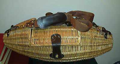 Luxury 2 Person Wicker Wine Basket Bottle and  Glasses carrier