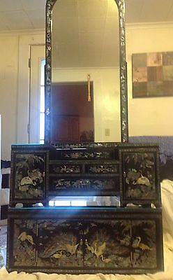 Traditional Korean Mother of Pearl Inlay 3-Piece Vanity with Mirror